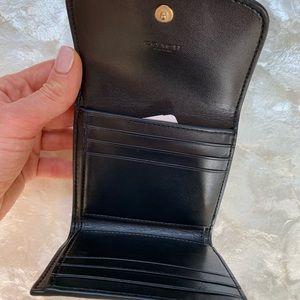 Coach Bags - NWT❗️COACH Wallet